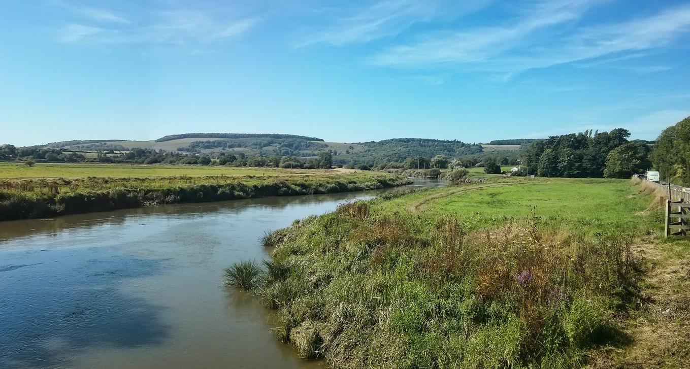 River Arun-r