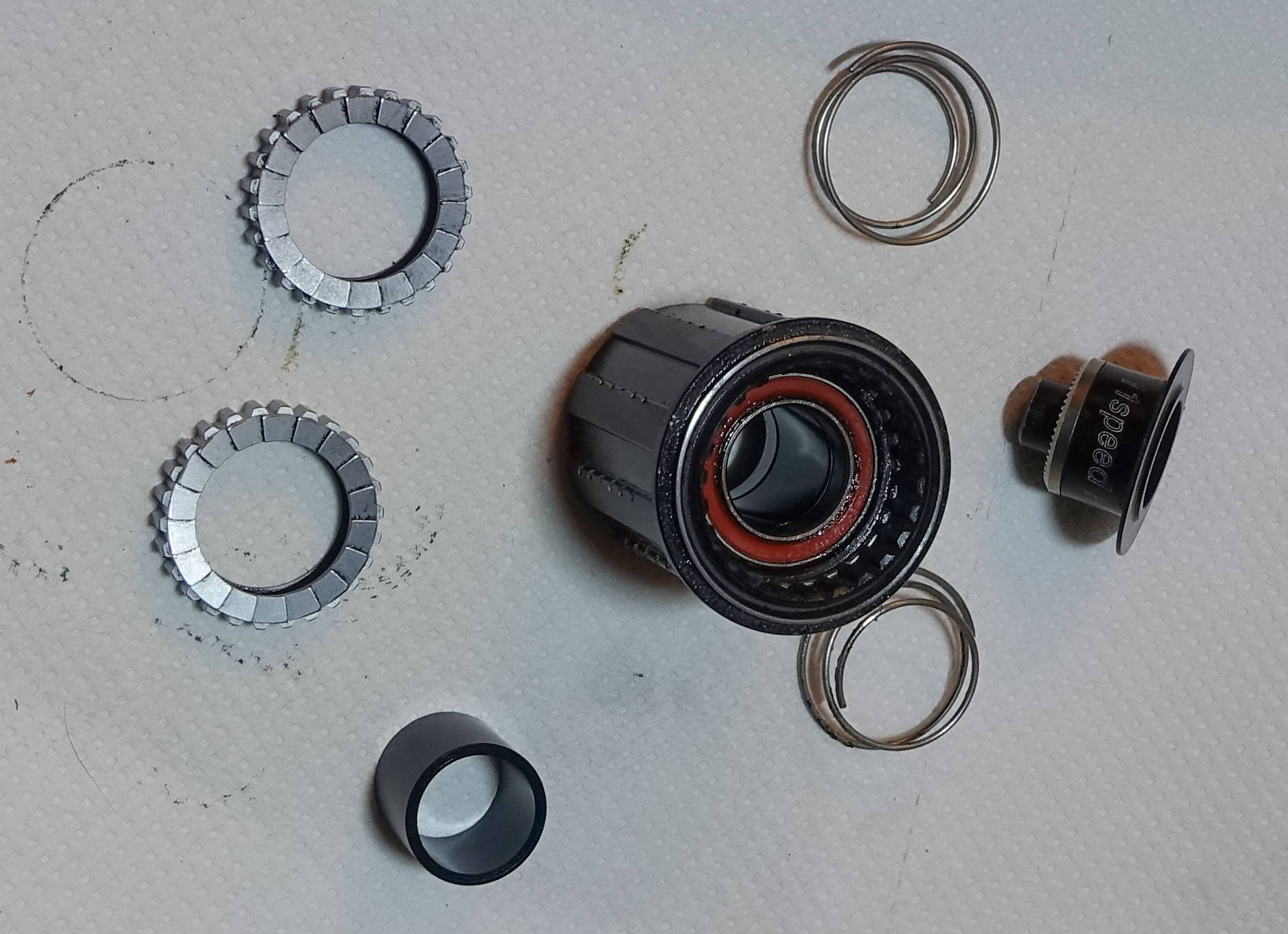 DT Swiss freehub parts
