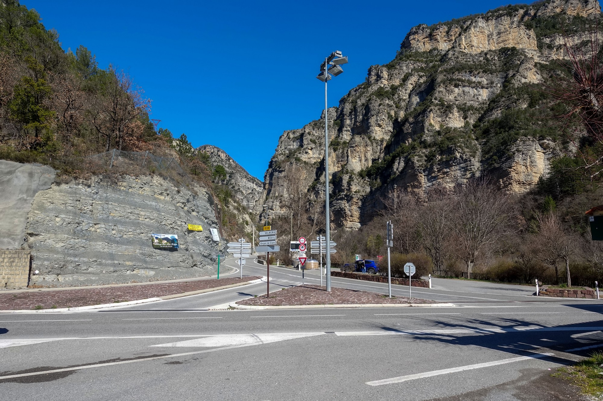 Entrance to Gorges du Cians from D6202